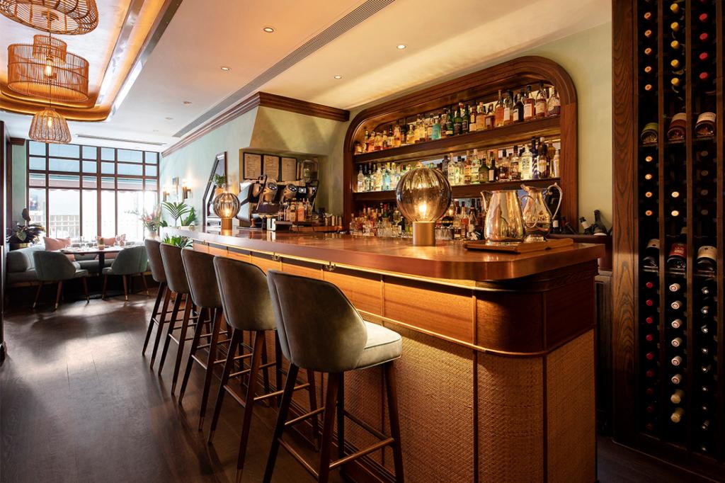 5 Social Bar